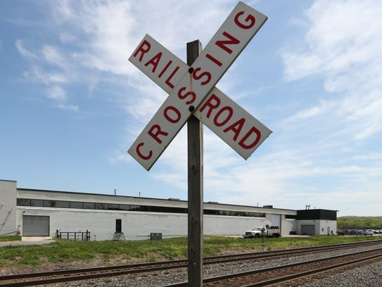 The Pineview Road private railroad crossing in West