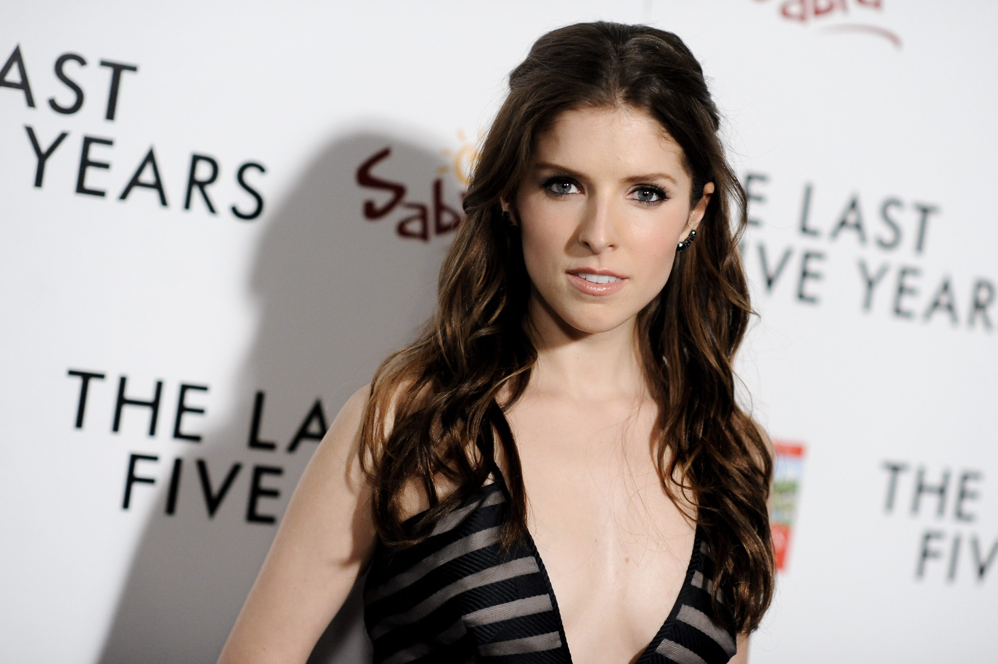 Anna Kendrick Nude Photos 47