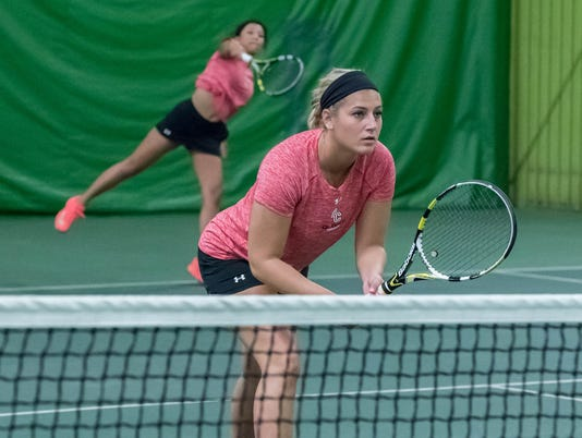 Former Lakveview Tennis Standouts play for Hope and Olivet Colleges 9
