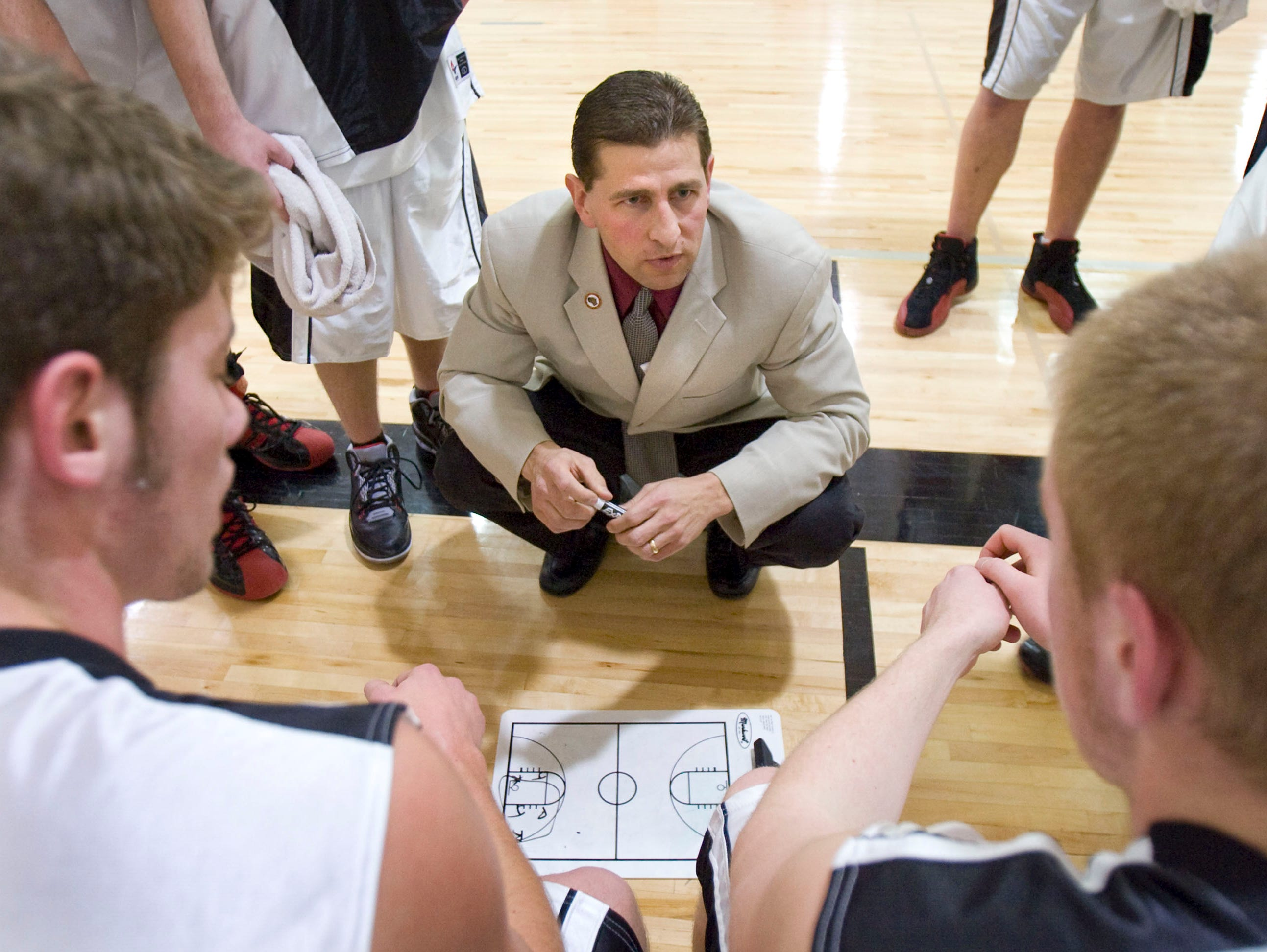 Lee Rabas has been named boys' basketball coach at Neenah High School. Rabas spent the past six seasons as the men's basketball coach at the University of Wisconsin-Fox Valley.