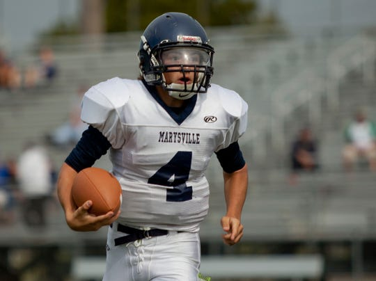 PTH0827 MARYSVILLE FOOTBALL19.jpg
