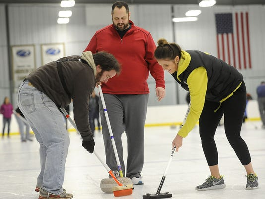 Sioux Falls Curling Club - Learn to Curl Open House - IcePlex