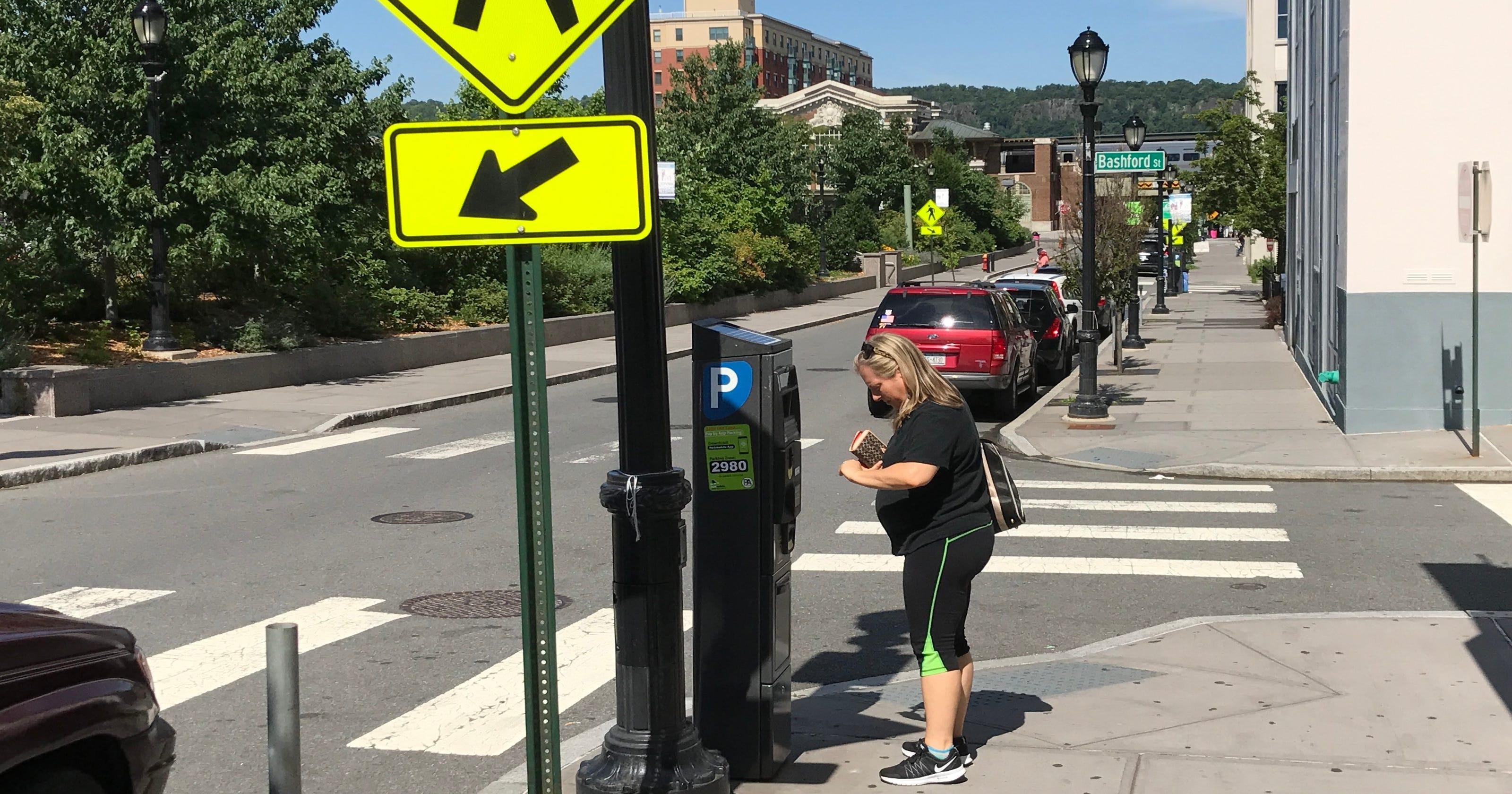 Yonkers Parking Tickets >> New Parking Meters Arrive In Downtown Yonkers