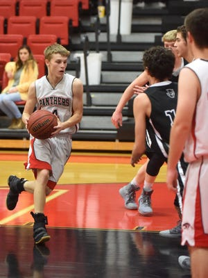 Norfork's Brett Sorters drives to the basket during a recent home game against Jasper.
