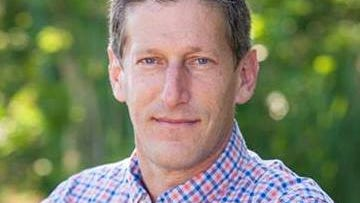 Andrew Zwicker maintains a vote lead over Assemblywoman Donna Simon.