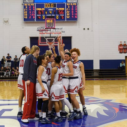 USI women stay perfect with win over UIndy; Dahlstrom scores career-high 35
