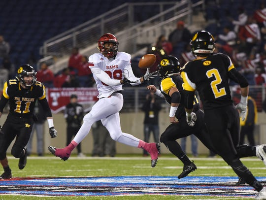 Trotwood's Justin Stephens pulls in a pass against