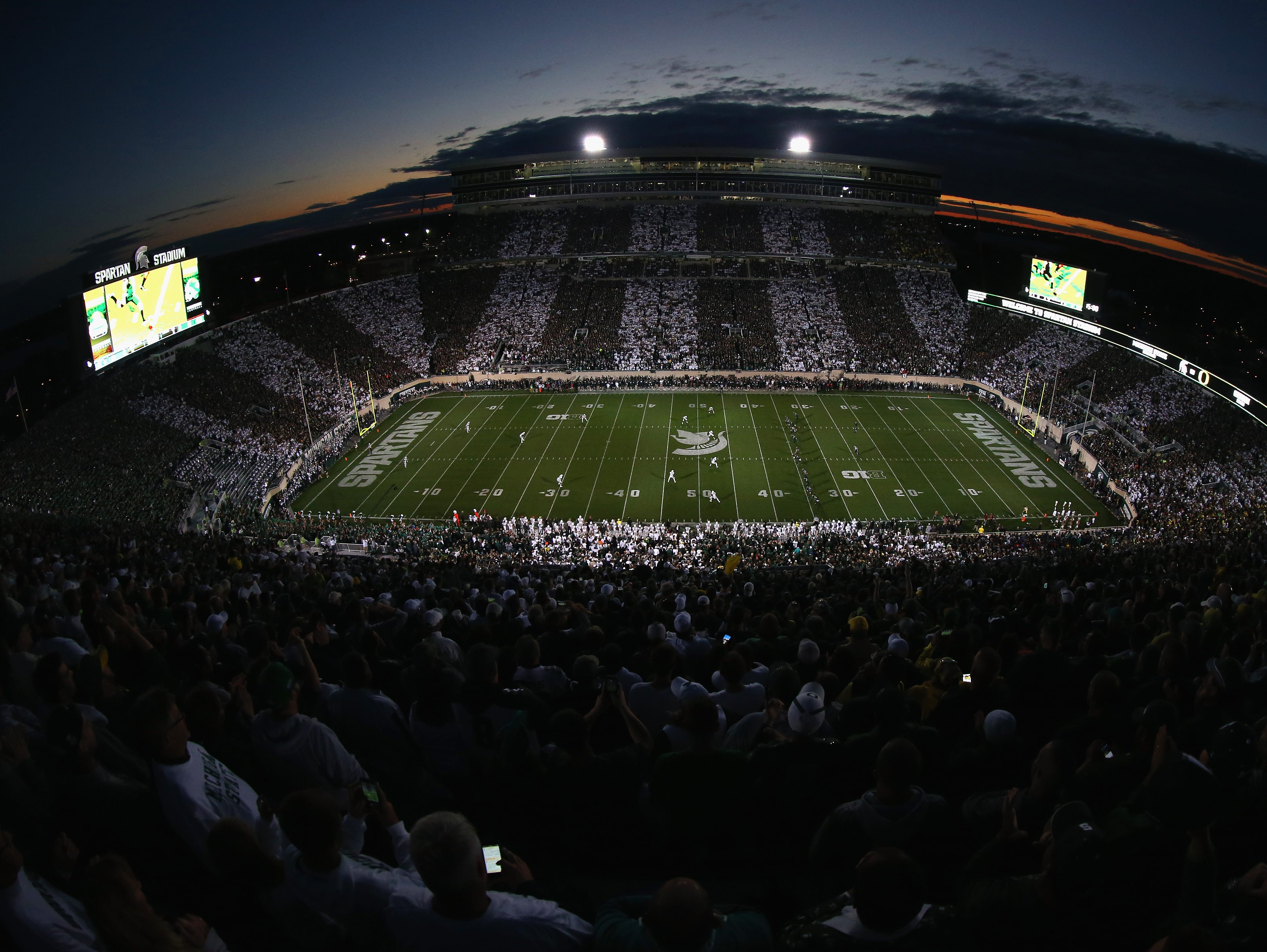 A general view of the kickoff between the Oregon Ducks versus Michigan State Spartans at Spartan Stadium on September 12, 2015 in East Lansing.