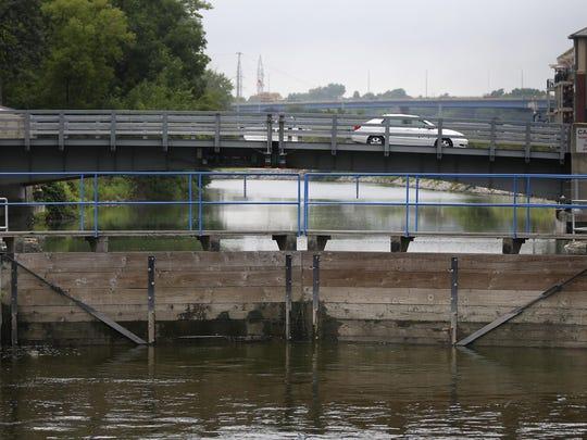 Water fills Lock No. 3 in Appleton.