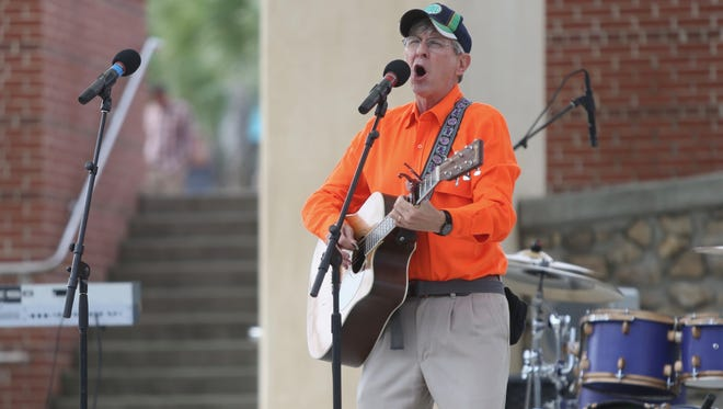 Craig Reeder of Hot Tamale performs during an event organized by local community and faith leaders to thank city officials and first responders for their help during Irma, held Sunday at Cascades Park.