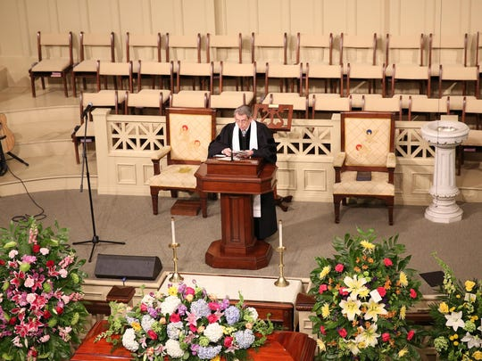 3 Rev Paul Clayton led the funeral service of Libby Murphy Sunday afternoon at First United Methodist Church of Jackson.