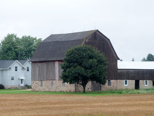 FON 091014 farm1.jpg