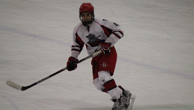 Jimmy Dowd Jr. skating with the New Jersey Jr. Titans U16 National team.