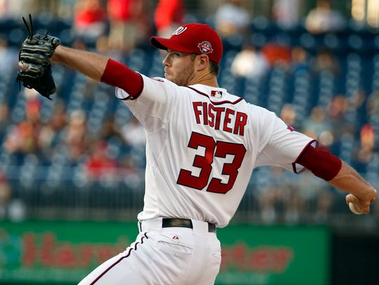 Washington Nationals starting pitcher Doug Fister throws