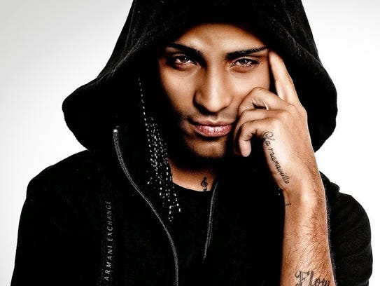 The reggaeton singer, Arcangel, will perform in El Paso in April.