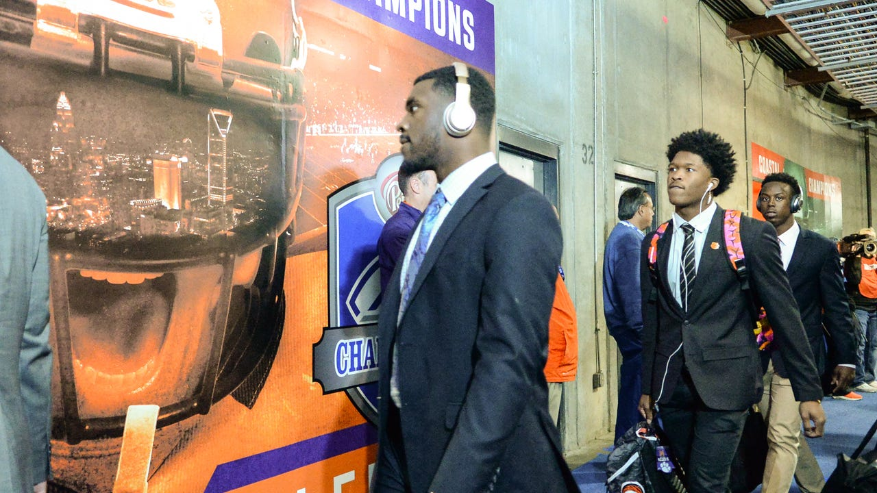 Clemson team arrives at Bank of America Stadium for the Dr. Pepper ACC football Championship in Charlotte on Saturday, December 2, 2017.