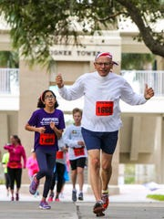 More than 1,000 runners took off through  Florida SouthWestern