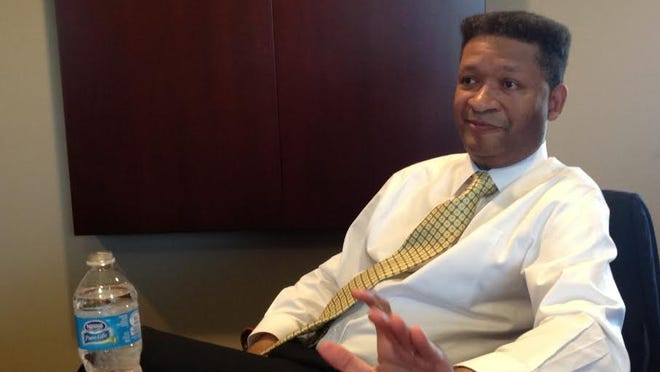 Former congressman Artur Davis said Wednesday he would make decision about a Montgomery mayoral run later this year or early in 2015