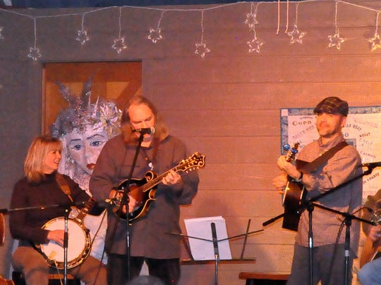 Bluegrass musicians Tim May and Steve Smith performed