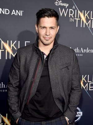 Jay Hernandez will play Thomas Magnum in the CBS remake of 1980s hit, 'Magnum, P.I.'