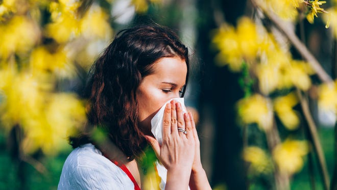 Tips for coping with spring allergies.