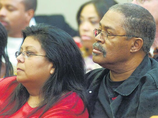 Brenda Shead and her husband Louis Shead listen to testimony during the 2012 preliminary hearing of Lakeshia Valdez, who was later convicted of murder.