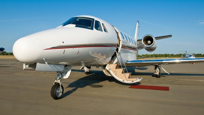 To avoid a repeat scenario at Super Bowl XLIX, which again falls during the golf tournament, the estimated 1,100 private planes headed to Scottsdale, Sky Harbor, Deer Valley, Goodyear and other general-aviation airports need to book their arrival and departure times.