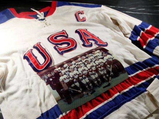 Miracle Mementoes Hockey