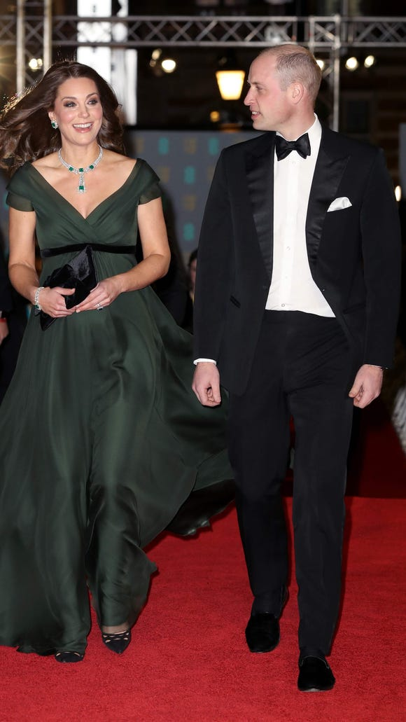 9bd0befa79e BAFTA 2018  Did Duchess Kate join the black-dress movement  Sort of