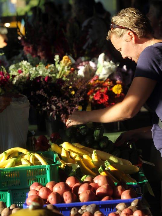 Farmers-Market-Standalone-01.jpg