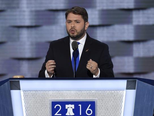 Rubén Gallego, Representante de Arizona, fue quien