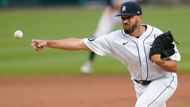 The Red Sox have claimed for Tigers right-hander John Schreiber off waivers.