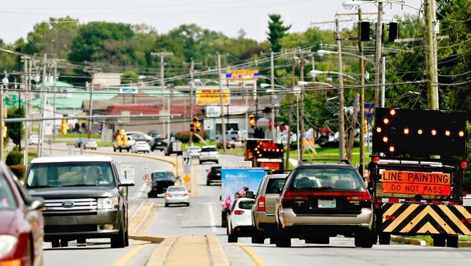 Traffic on East Market Street in Springettsbury Township, Tuesday, Sept. 12, 2017. Dawn J. Sagert photo