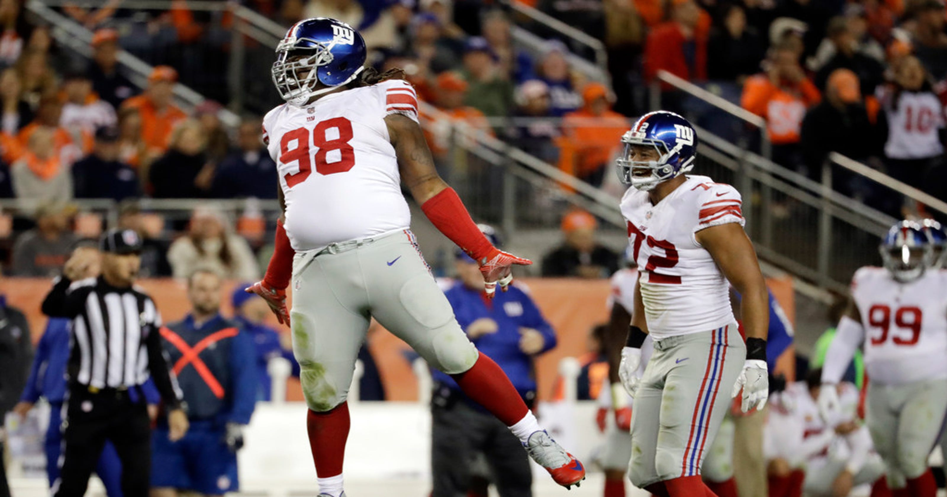 567908425 NY Giants trading All-Pro nose guard Damon  Snacks  Harrison to Lions for a  pick