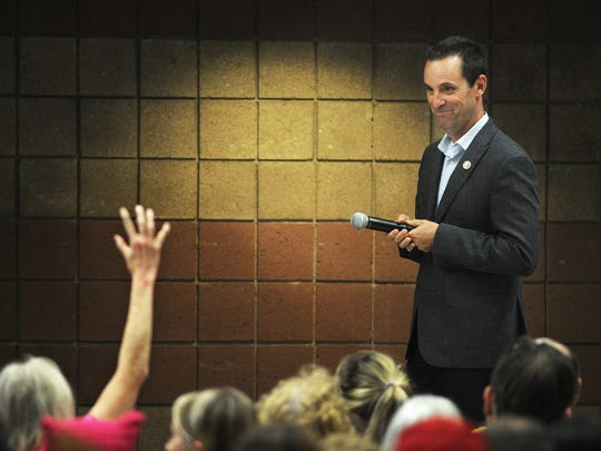 U.S. Rep. Steve Knight, R-Palmdale, hosted a packed,