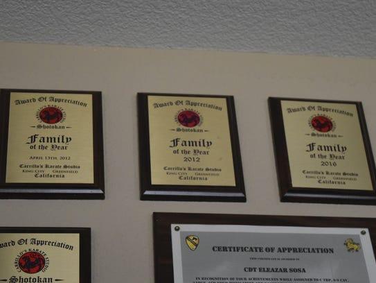Tres reconocimientos presentados a la familia Sosa.