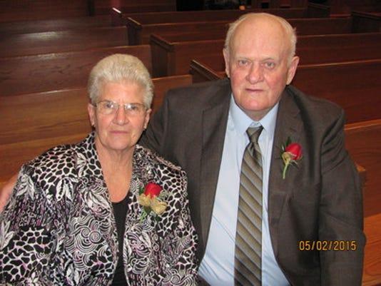 Anniversaries: Lloyd Knapek & Juanita Knapek