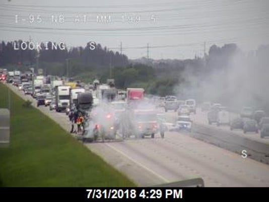 Vehicle fire blocks I-95