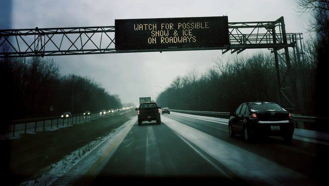 The Wednesday morning drive on a snowy southbound I-71.