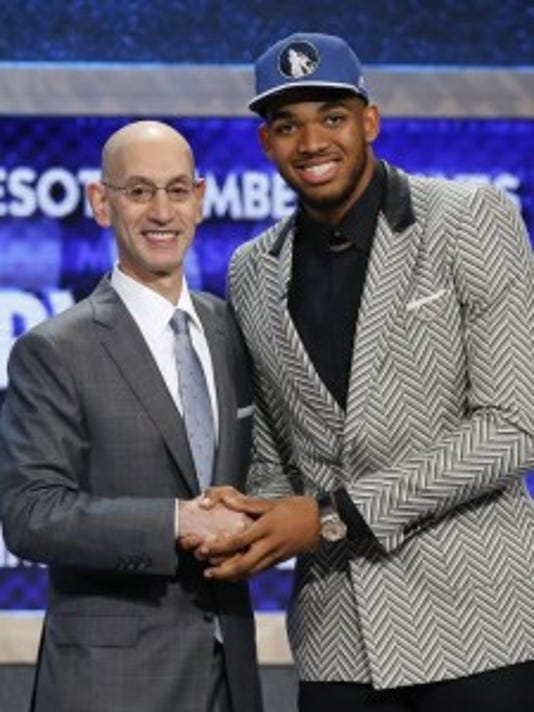 Karl Towns and NBA commish Adam Silver (AP)