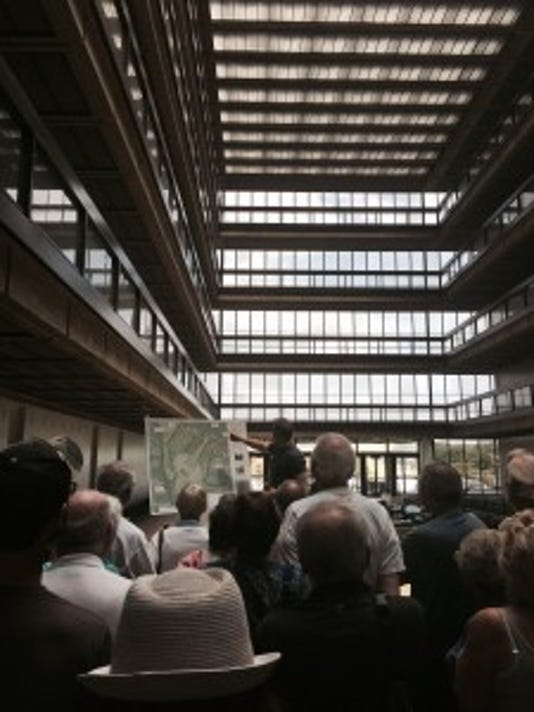 Can we replicate Bell Labs?
