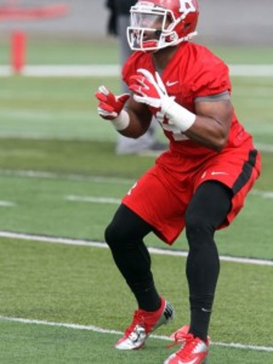 Rutgers wide receive Leonte Carroo says he will not shy away from tough catches over the middle or in traffic after last season's concussion. (Tanya Breen/Staff photographer)