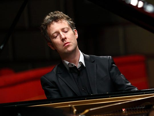 Bell has great praise for British pianist Sam Haywood,