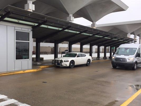 Uber, Lyft pickup, dropoff shelter