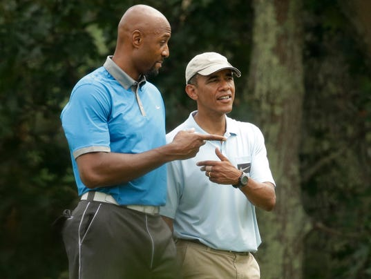 -MONBrd_08-18-2014_NewsStar_1_A002~~2014~08~17~IMG_Obama_Vacation__2__2_1_9M.jpg