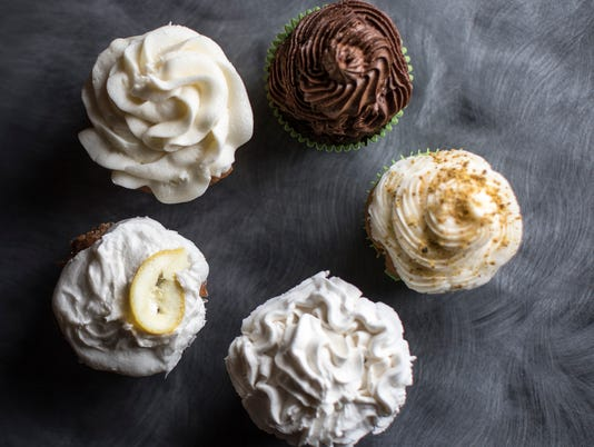 636597500115908524-cupcakes-041618-02.jpg