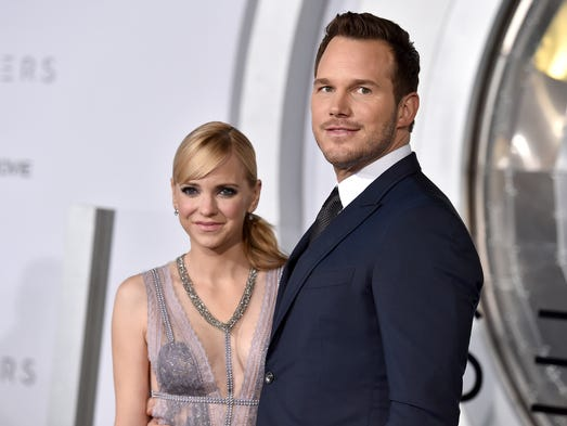 Image result for ANNA FARIS AND CHRIS PRATT