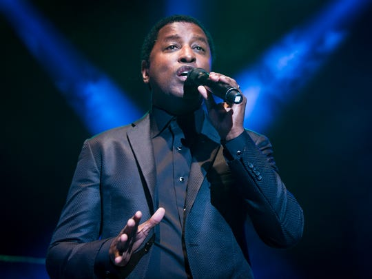 """Indiana native Kenny """"Babyface"""" Edmonds performs as the feature act on stage, July 19, 2014."""