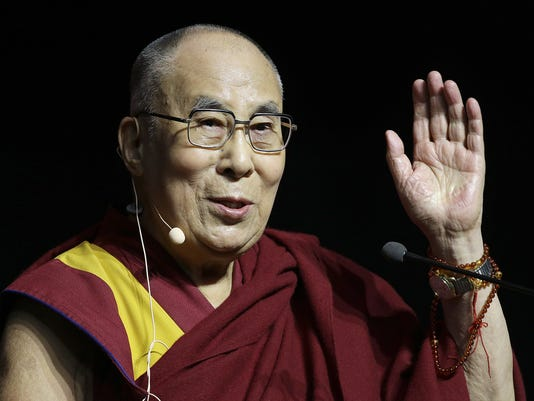 636024795359296404-08-Dalai-Lama.JPG