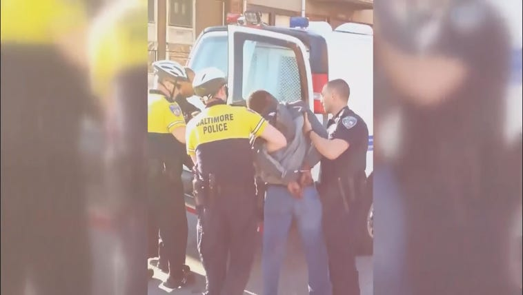 Baltimore Police aresting Freddie Gray